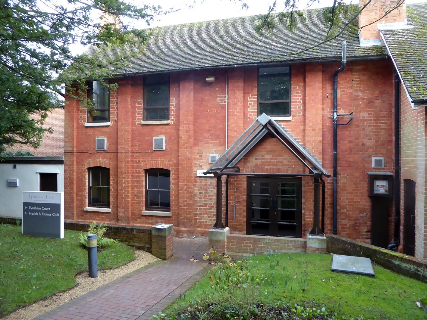 Eynsham Estate - Lindsay Building